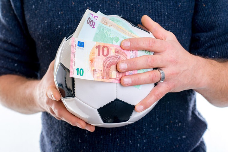 Top Tips for Football Bettors